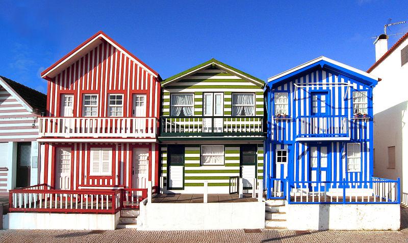 Houses-on-coast-Aveiro